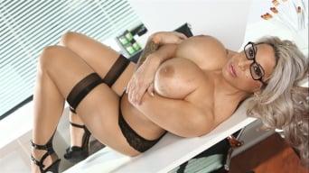Alyssa Lynn in 'Big Tit Office Chicks'