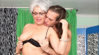 Kelly Leigh in 'Horny Grannies Love To Fuck 12'