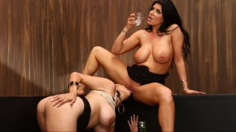 Missy Martinez en 'Destruction Of Romi Rain'